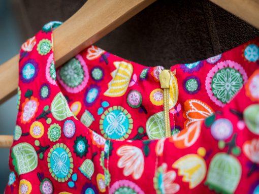 Stufenkleidchen aus Baumwollstoff
